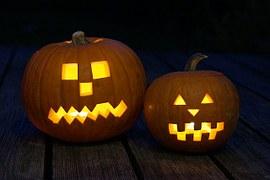 pumpkiin square eyes two pumpkins