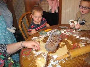 cookies Loretta with grandkids